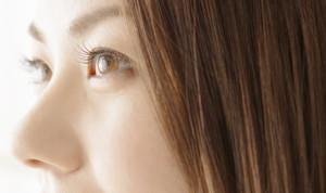 目元のタルミ防止法