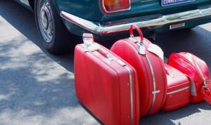 スーツケースはレンタルと購入どちらがお得?